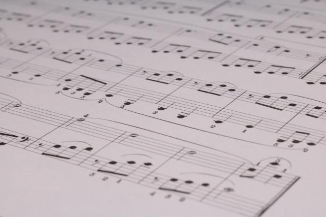 音楽業界での仕事を目指せる通信制高校・サポート校はあるの?