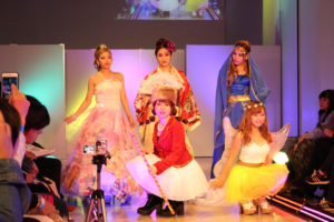 ヴィーナスアカデミー高等部によるファッション・ダンスショー