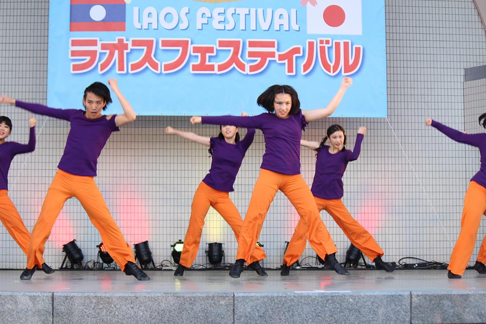 さくら国際高等学校 東京校ダンス部がラオスフェスティバルでパフォーマンス