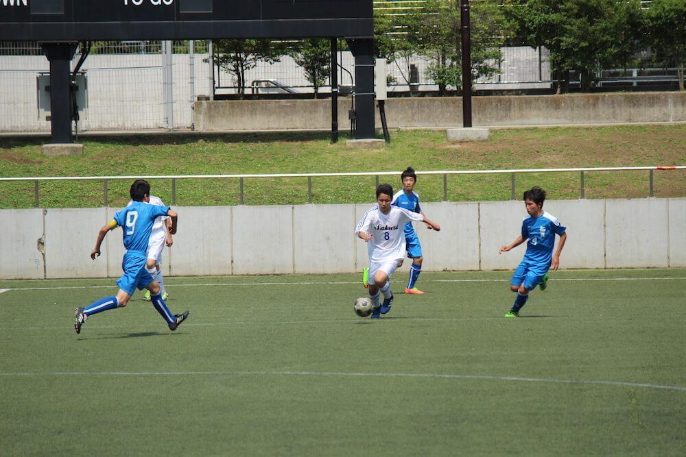 「やる時はビシッときめる」をモットーに活動するさくら国際高校 東京校・サッカー部